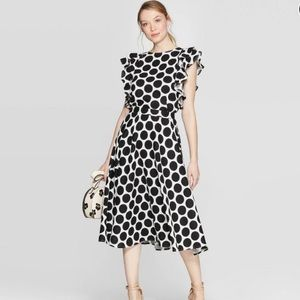 Polka Dot Mid-Rise Circle Skirt And Blouse XS